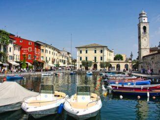 Lazise Hafen Biild: Alessandro Vecchi CC BY-SA 3.0